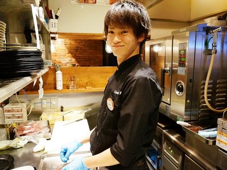 接客が苦手でもOK!キッチンで早く丁寧に料理を提供することを考えていくメンバーの募集です!!